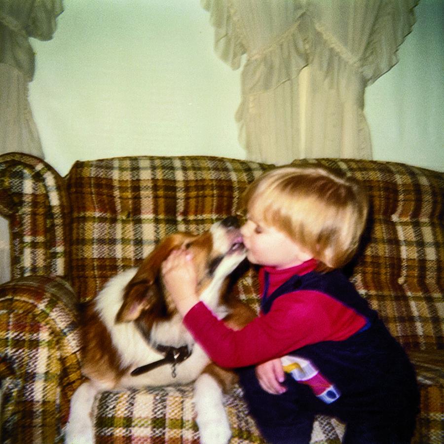 Dog stories Joe Simms and Erik kiss
